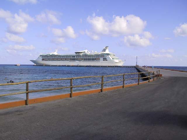 Cruiseclues Rci Royal Caribbean Enchantment Of The Seas