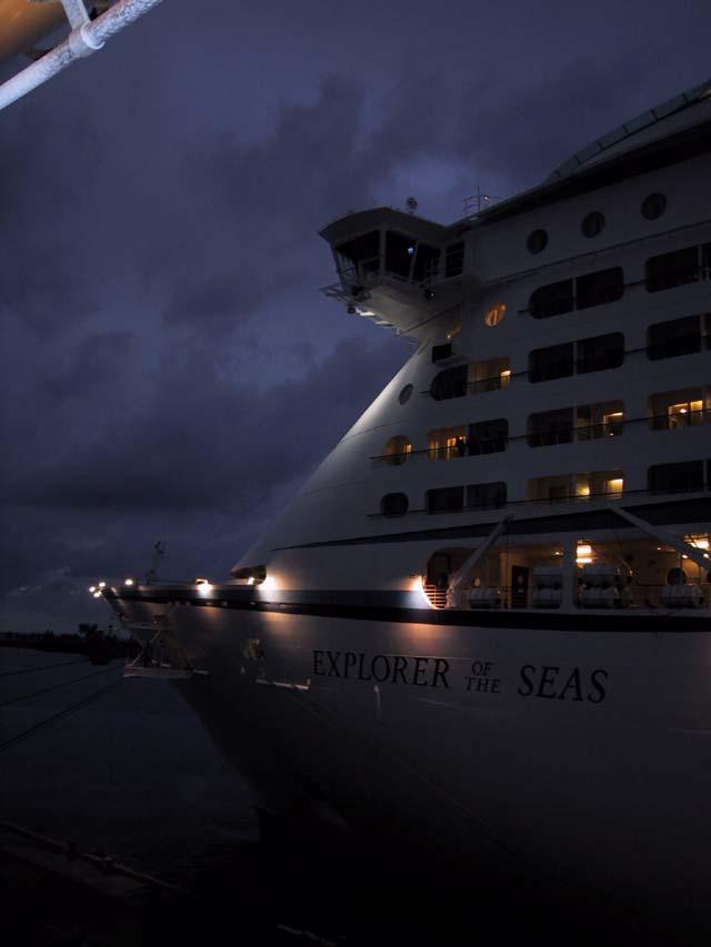 Cruiseclues Disney Cruise Line Disney Wonder Nassau Bahamas