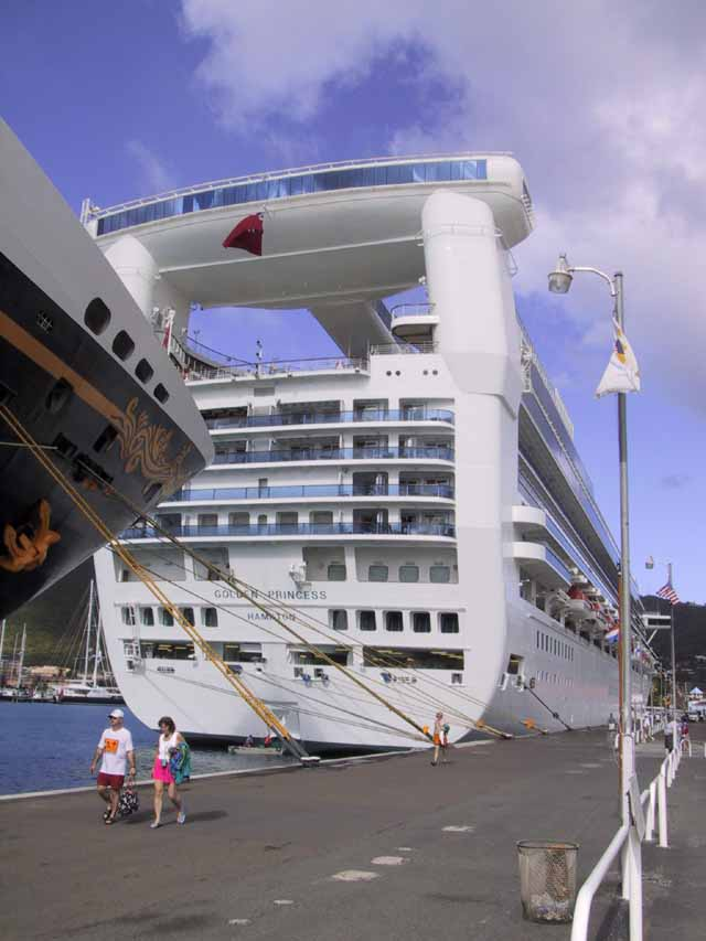 Golden Princess Reviews Deck Plan Photos Menu Webcam